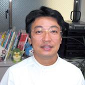 シノヅカデンタルクリニック 篠塚恵造先生