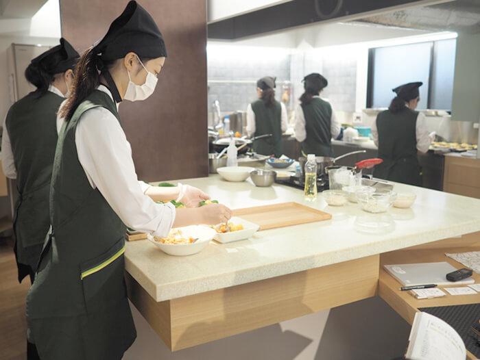 薬樹 調理室「キッチンラボ」