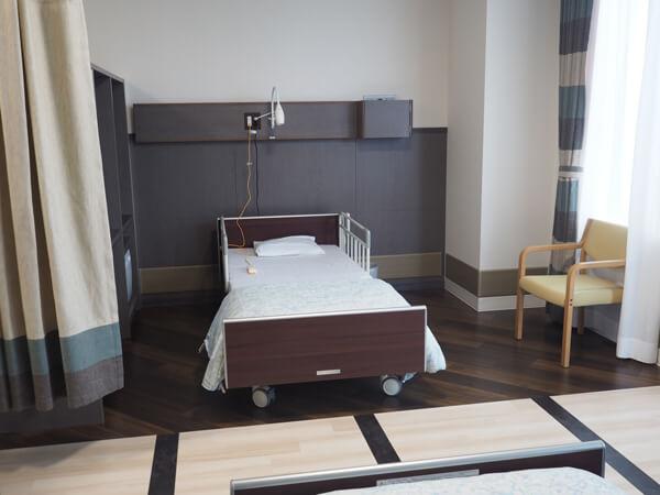 4人部屋タイプの病室
