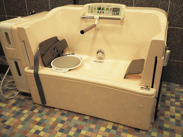 小型介護浴槽