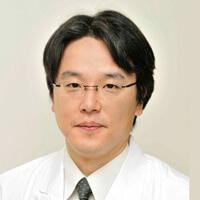 鈴木靖志博士